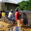 Nijeryalılar Plastik Şişelerle Ekolojik Evler İnşa Ediyor