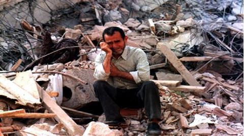 """""""Deprem, Su Yalıtımsız Binalarda Büyük Yıkıma Yol Açıyor"""""""