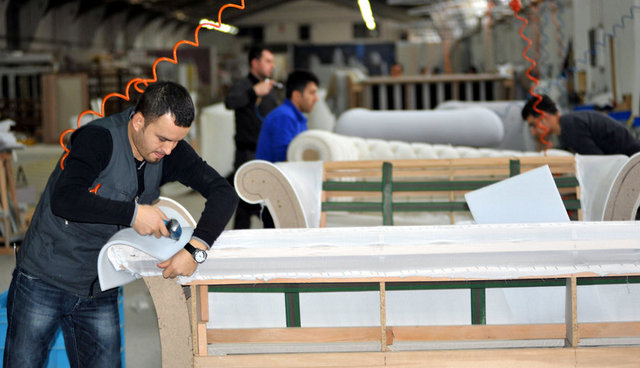 """Bursalı mobilyacı """"tereciye tere sattı"""", gözünü Çin'e dikti"""