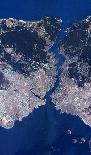 İşte uzaydan bakınca 3. köprü!