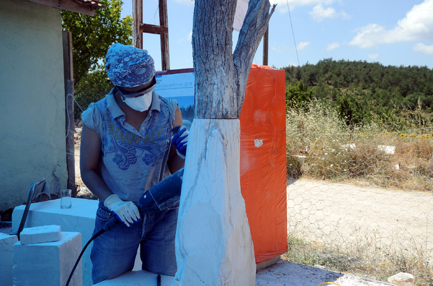 Üniversitelilerden Köy Mimarisine Sanatsal Dokunuş