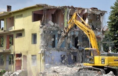 Sakarya'da 2015 yılında 237 riskli bina yıkıldı!