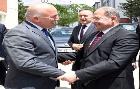 Recep Akdağ: Erzurum'daki dönüşümü çok önemsiyoruz!