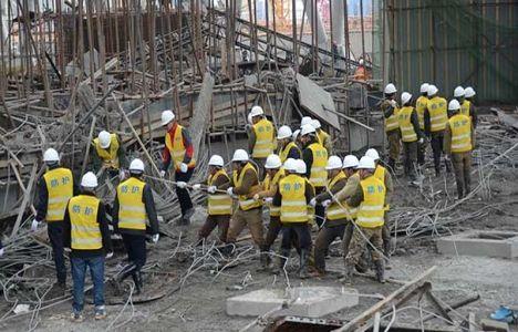 Çin'de inşaat iskelesi çöktü!