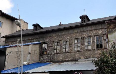 Erzurum'daki Atatürk'ün kullandığı konak kaderine terk edildi!