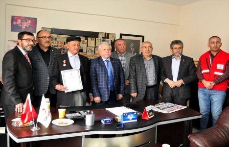 Ahmet Akçelik 30 dönümlük arazisini Türk Kızılayı'na bağışladı!