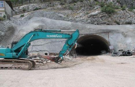 Amasya Ferhat Tüneli'nin 300 metresi tamam!
