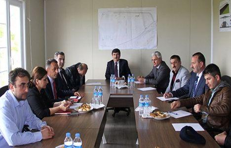 Akyazı Spor Kompleksi'nin inşaat süreci görüşüldü!