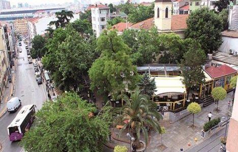 Kadıköy'de parkın yerine yapılan işyerleri yıkılıyor!