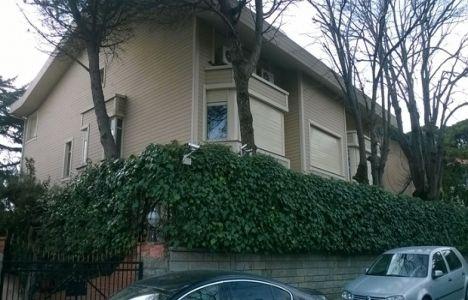 Kahmi çiftinin Yeniköy'deki villasının yarısı icradan satıldı!