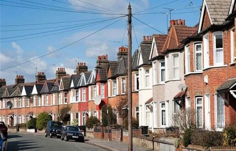 İngiltere'de konut fiyatları yıllık bazda yüzde 6 yükseldi!