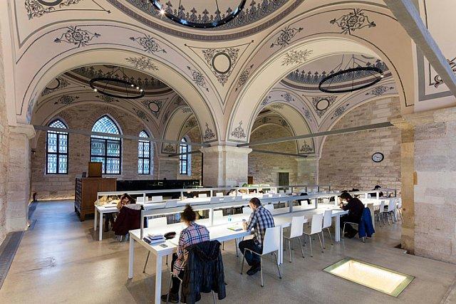 Tabanlıoğlu Mimarlık, Beyazıt Kütüphanesi'ni Yeniledi