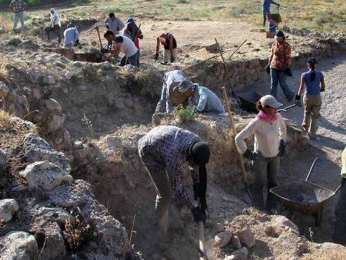 İnşaat Kazısından Helenistik Döneme Ait Kuyu Çıktı