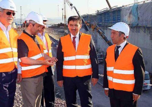 Bakan Ergün, Körfez Geçişi Köprüsü İnşaatını Gezdi