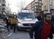 Zeytinburnu'nda Bina Çöktü