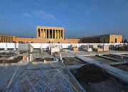 Anıtkabir'de Taşlar Yenileniyor