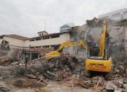 Antalya'daki eski Tekel deposu yıkılıyor!