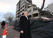 Denizli'deki 42 yıllık bina yıkılıyor!