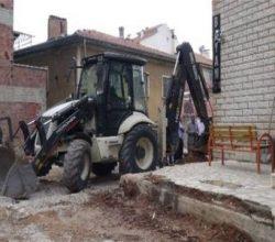 Malatya Doğanşehir Merkez Camii önündeki yapılar yıkılıyor!