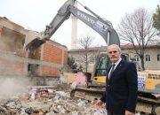 Bursa'daki eski binalar yıkılıyor!
