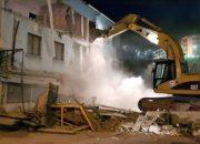 Antik Tiyatro İçin Engel Olan 4 Katlı Otel Yıkıldı