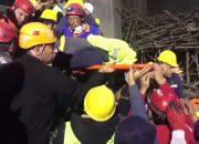 Çöken iskelenin altında kalan mühendis yaşamını yitirdi