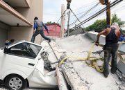 Asya 7.2 büyüklüğündeki depremle sarsıldı