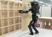 İnşaat İşleri Yapan Robot