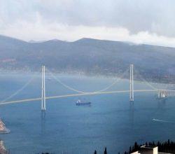 Körfez Köprüsü Yükseliyor