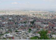 Nevşehir Belediyesi inşaatına mikserler beton dökülürken