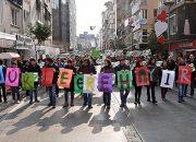 """İzmir'de """"Nükleer'e Hayır"""" Eylemi"""