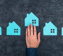 Ev İnsanların En Güvenli Kalesidir