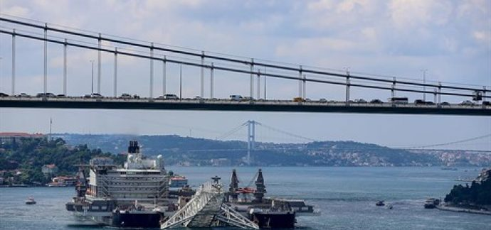 TürkAkım'da Kıyı Geçişi Çalışmalarına Başlandı