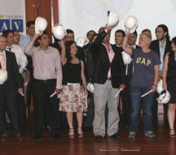 Yıldızlı mühendis adayları 'ilk baret'lerini taktı
