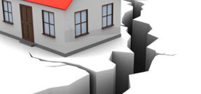 Vatandaş Zorunlu Deprem Sigortasını Yaptırıyor