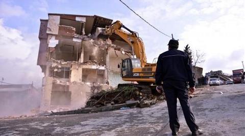 Deprem 3 Bin 837 Haneyi Vurdu