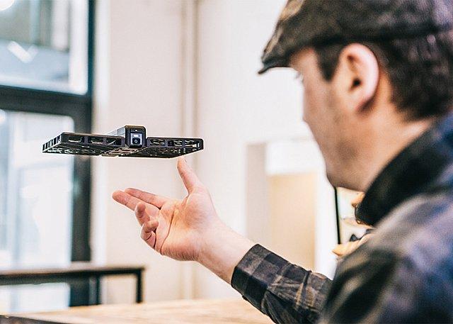 Katlanabilir Uçan Kamera