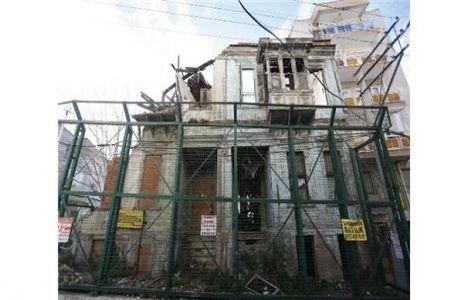 Konak'ta tarihi yapılar restore ediliyor!