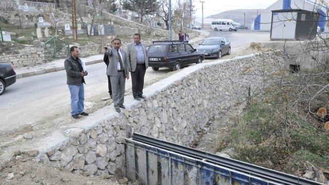 Gürün Belediye Başkanı Çiftçi İnşaat Alanlarında İncelemelerde Bulundu