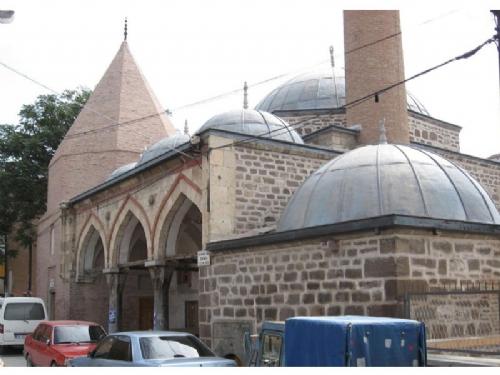Piri Mehmet Paşa Mescidi Küllerinden Doğdu