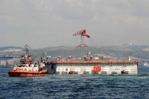 STFA, 25 Bin Ton Ağırlığındaki Kesonları Yüzdürdü