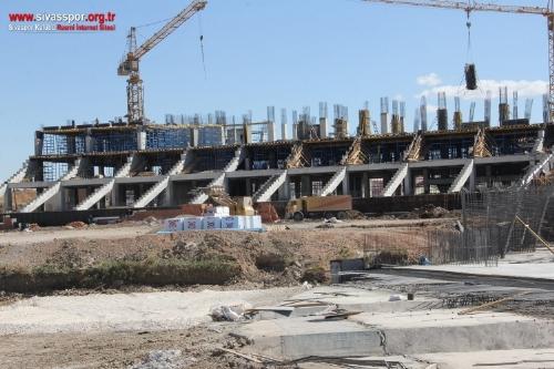 Yeni Sivas 4 Eylül Stadyumu İnşaatı Hızla Yükseliyor